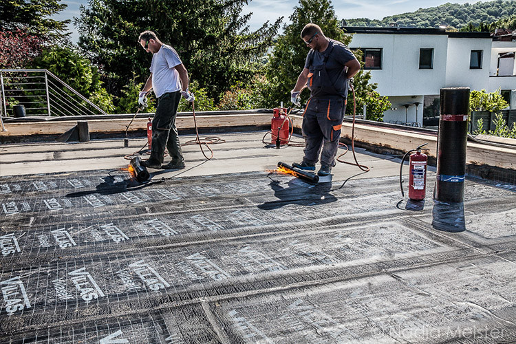 Berühmt Flachdach - Resch Spenglerei Dachdeckerei MV05
